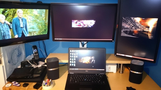 Multiple screens on a Windows 8.1 desktop