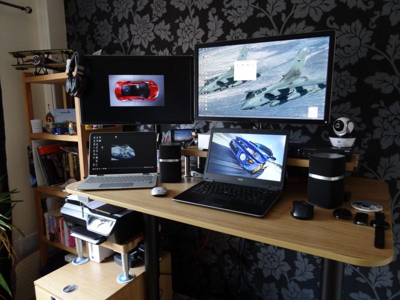 Fantastic 3 Monitor Bekant Desk - dsc05786-e1439783509232  Photograph_969320.jpg?w\u003d624